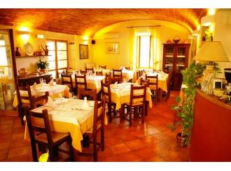 sala interna ristorante_985052155_2175