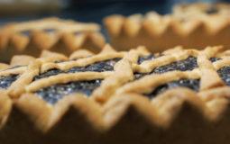 La torta co' bischeri: uno dei dolci tipici della Toscana.