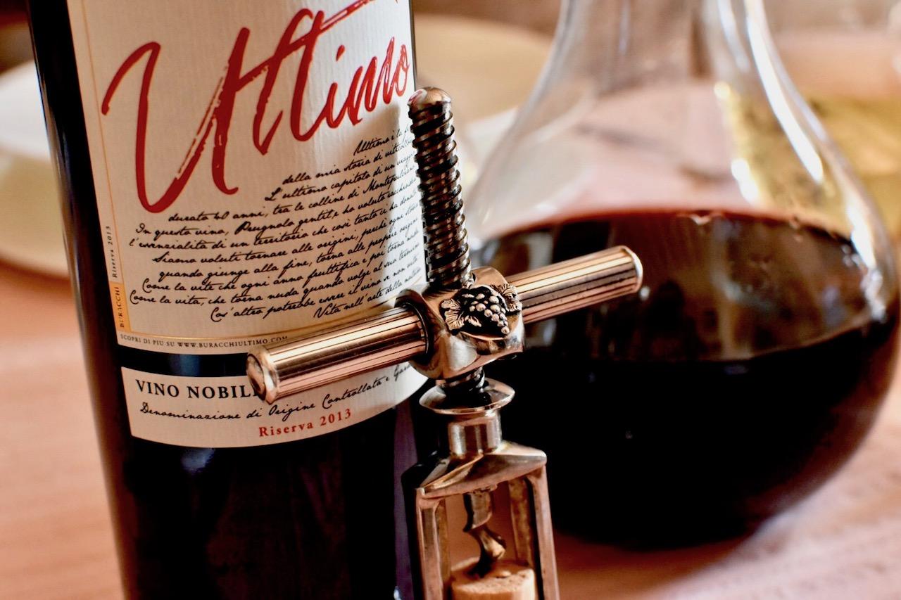 I pregiati tappi scelti per le bottiglie delle nostre Riserve Buracchi Ultimo