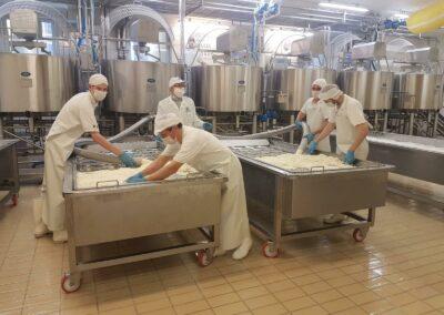 Covid-19, la produzione di Pecorino Toscano DOP non si ferma