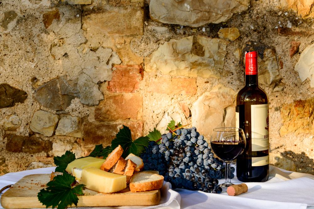 Degustazione di vino nel Chianti