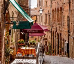 Ristorante a Volterra. Foto di DiegoMariottini