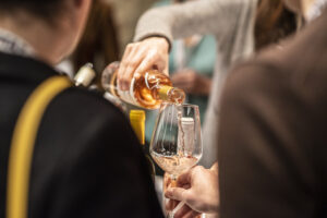 BuyWine and Wine Previews, Tuscan wines present themselves to the world