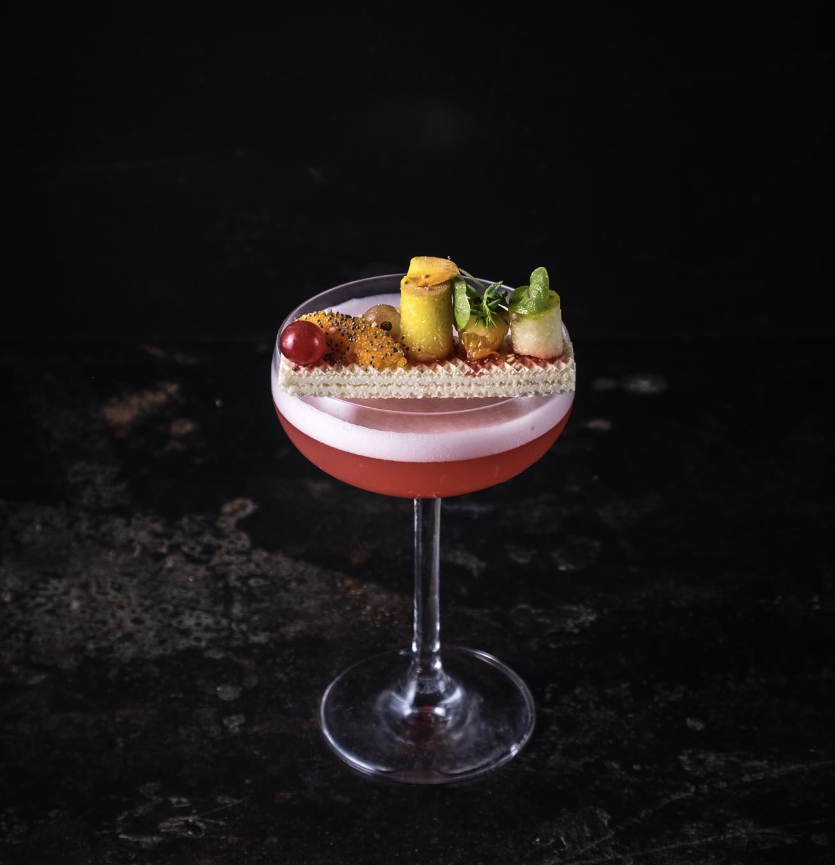 """Libri: esce """"Cocktail Estetica"""", il design applicato alla mixology"""